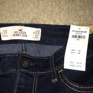 Hollister Jeans - Stretch Low-Rise Skinny Jeans - Size 5R